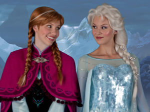 Anna-and-Elsa-in-Walt-Disney-World