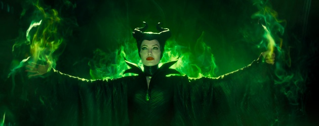 maleficent-angelina-jolie-review-image-02