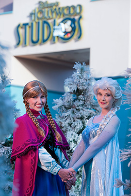 Anna-Elsa-Hollywood-Studios