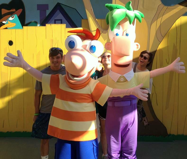 Phineas-and-Ferb-Disney-World